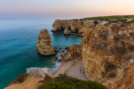 Beach near Albufeira - Algarve region in Portugal Standard-Bild - 122028624