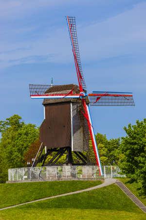 Windmill in Brugge - Belgium - architecture background Standard-Bild - 122031249