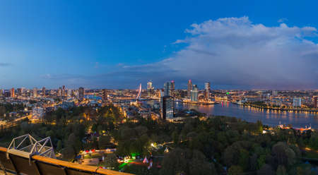 Rotterdam cityscape - Netherlands - architecture background Standard-Bild - 122474157