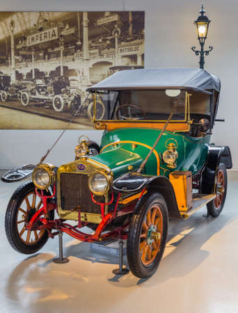 BRUSSELS, BELGIUM - MAY 01, 2017: Vintage car in Autoworld museum on May 01, 2017 in Brussels Belgium.