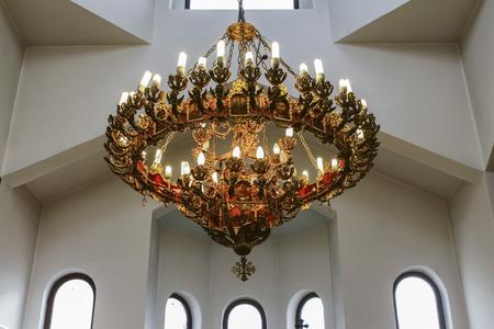 Ornamented big pending lamp