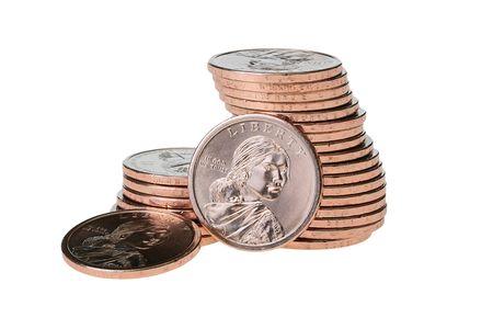1 달러 동전 흰색 배경에 더미에 의해 결합됩니다.