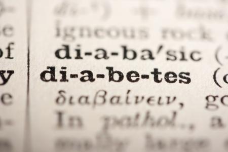 diabetes: Palabra diabetes del diccionario antiguo, un cierre arriba.  Foto de archivo