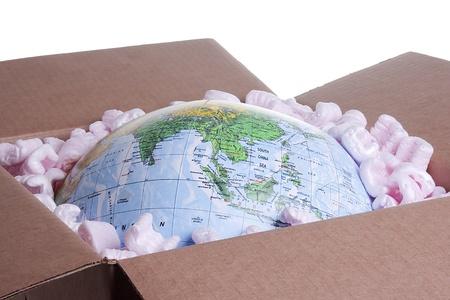 Gros plan sur un globe dans une zone de livraison. Banque d'images