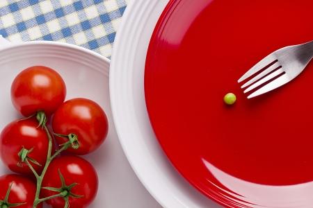 Justo encima de la fotografía de tomates rojos y un guisante. Foto de archivo - 14456274