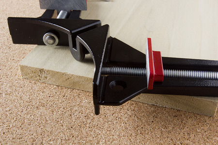 vice grip: Angle clamp for mounting components at right angles.