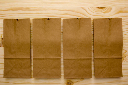 granular: Paper bags for packaging of granular food for the purpose of storage and transport.