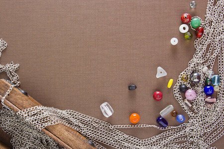 Tools and items for the creation of the authors jewelry. Imagens