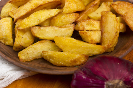 roasting: Potatoes fried in lard. Potatoes cooked in the style of rustic roasting.