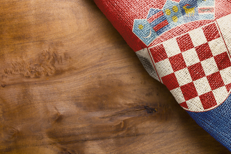 piktogramm: Flag of Croatia state on a wooden background. Stock Photo