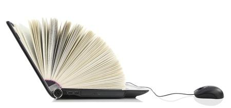 biblioteca: Port�til como un libro conectado a un rat�n de ordenador