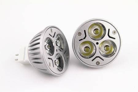 leds: Bombillas de luz LED sobre fondo blanco Foto de archivo