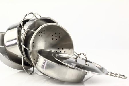 steel pan: Grupo de utensilios de cocina de acero inoxidable