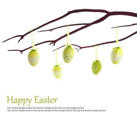arbol de pascua: De Semana Santa huevos que cuelgan en una rama