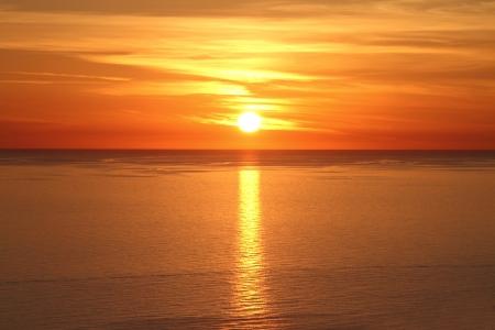 sunset beach: Scenic view of beautiful sunset above the sea