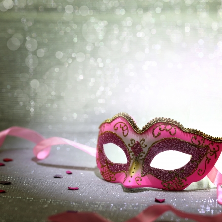 female mask: Pink carnival mask with glittering