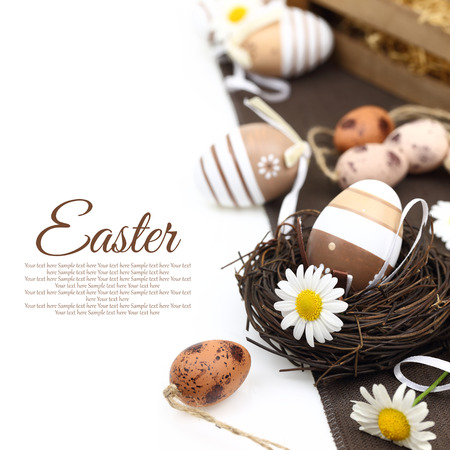 earthy: Easter decoration with brown eggs