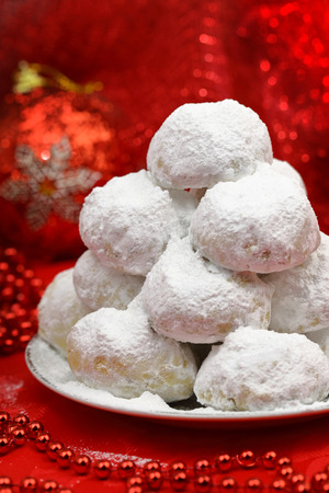 powdered sugar: Traditional Christmas cookies with powdered sugar