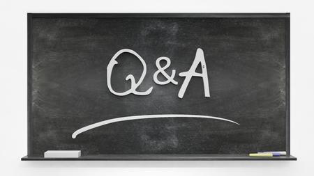 control de calidad: Q & A escrito en la pizarra Foto de archivo