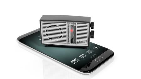 transistor: transistor de radio antigua en la pantalla del tel�fono inteligente, aislado en fondo blanco. representaci�n 3D