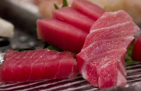 atun: Deber�a - sashimi de at�n graso Foto de archivo