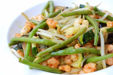 Close-up of isolated fried vegetables and shrimps Stock Photo - 17390692