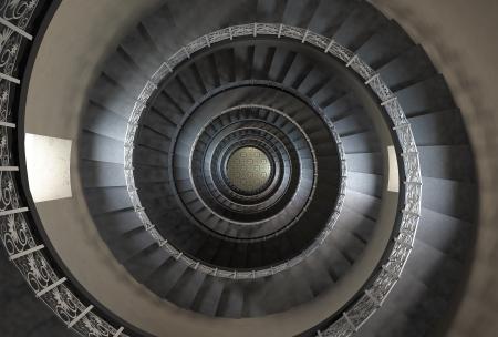 stair: 10 e verdieping van vintage wenteltrap