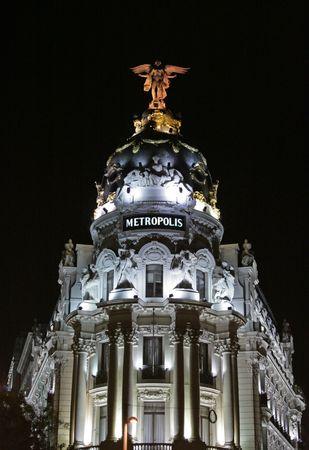 via: The Metropolis Building in Madrid, Spain (Gran Via) by night