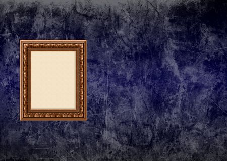 Baroque picture frame: Vider baroque cadre photo avec copyspace bleu fonc� sur un mur de stucco grunge Banque d'images