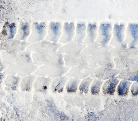 tire tracks: tire tracks in snow