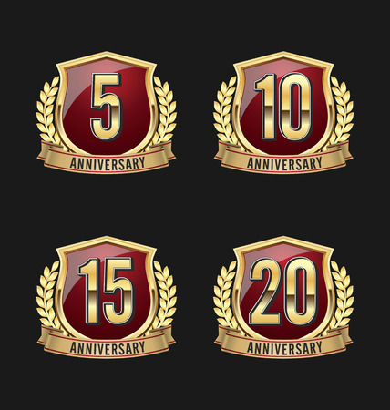 Anniversary Badge Gold and Red 5th, 10th, 15th, 20th Years Vettoriali