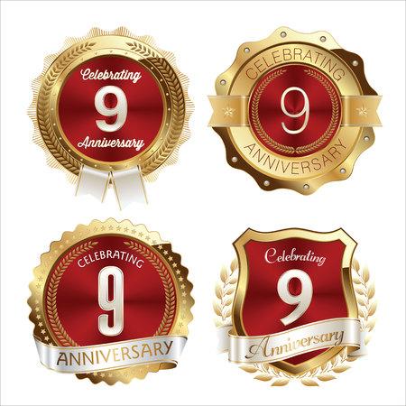 金と赤の周年記念バッジ 9 年のお祝い