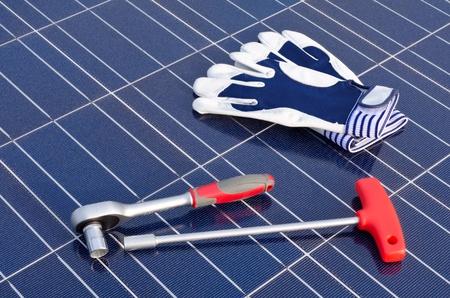 silicio: Las células solares y herramientas Foto de archivo