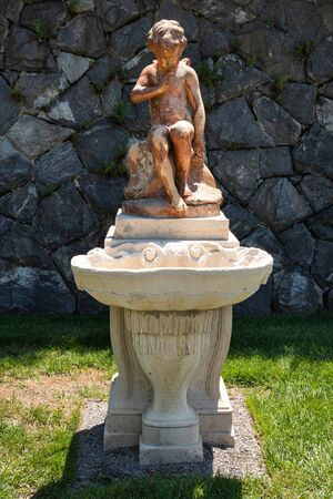 Asheville, North Carolina - July 24, 2019 - One of the many statues in Biltmore gardens. Stockfoto