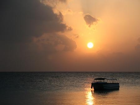 몰디브의 아름다운 일몰