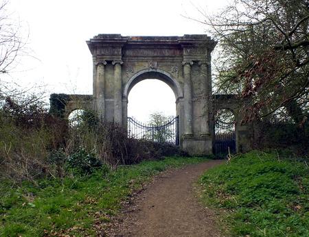 freemantle gate, isle of wight