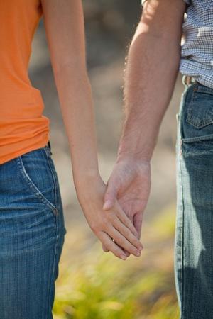 서로를 잡아 손의 쌍