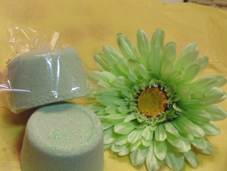 Green, Cu-comber Bath bombs  photo