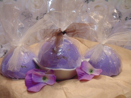 Lavender bath Bombs photo