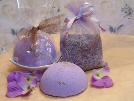 Lavenderf Bath Bomb presentation