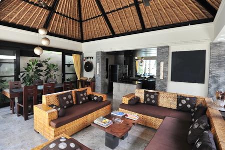 Interior of luxury tropical villa   Lounge area Imagens
