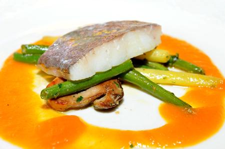 아스파라거스에 멋진 식사, 존 도리 생선 필렛