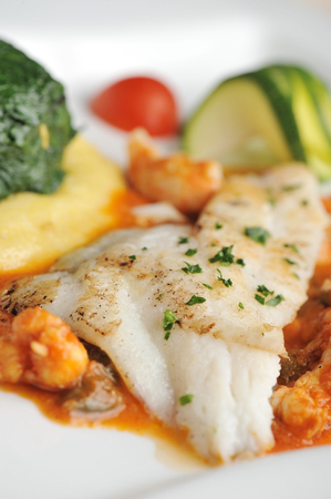 plaice: Tasty healthy fish fillet with vegetables