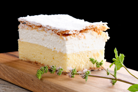 cheese cake: vanilla and custard cream cake dessert