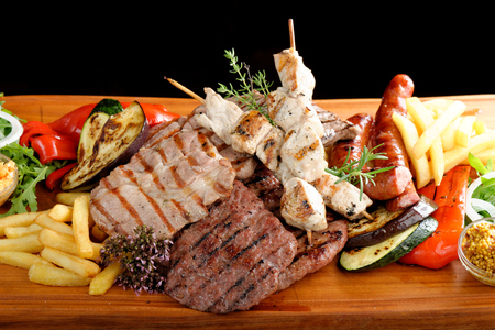 Mixed grilled meat platter