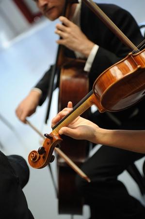 details van muzikanten om een symfonie te spelen Stockfoto