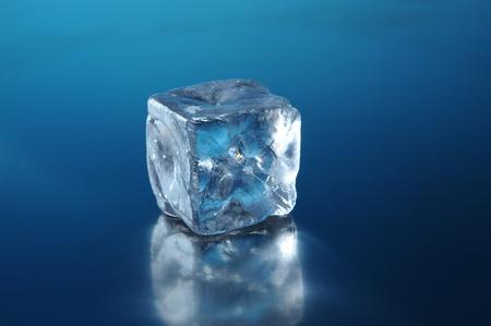 ice blocks: cubes of ice close up