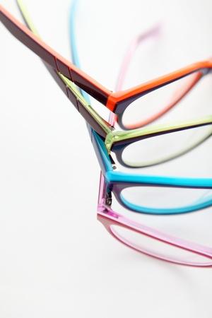 색깔의 안경의 조성