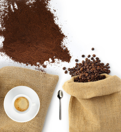 instant coffee: beans and coffee powder with jute bag as seen from above Stock Photo