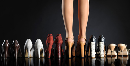 schoenen vrouw benen Stockfoto